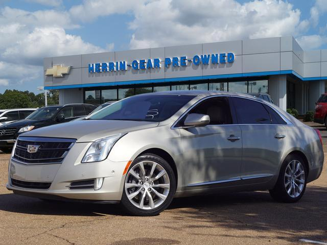 Pre-Owned 2016 Cadillac XTS 4dr Sdn Luxury Collection FWD