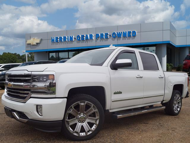 Pre-Owned 2016 Chevrolet Silverado 1500 4WD Crew Cab 143.5 High Country