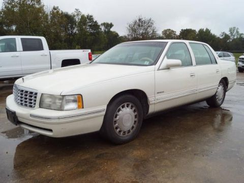 Pre-Owned 1999 Cadillac DeVille 4dr Sdn
