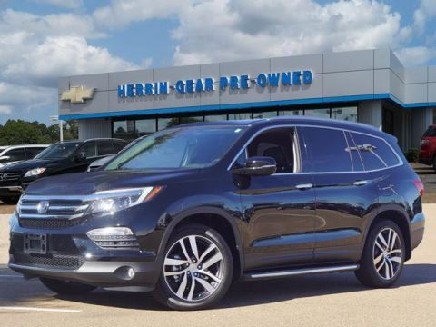 Pre-Owned 2018 Honda Pilot Touring 2WD