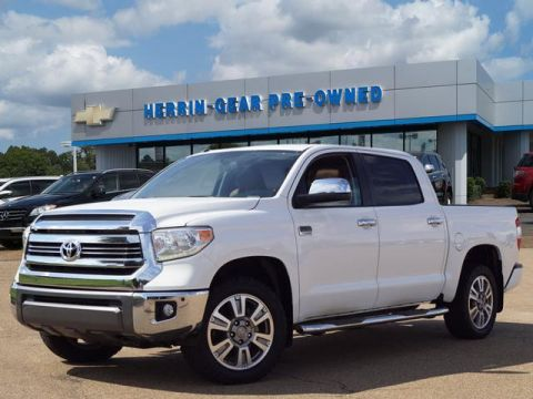 Pre-Owned 2016 Toyota Tundra 4WD CrewMax 5.7L FFV V8 6-Spd AT 1794