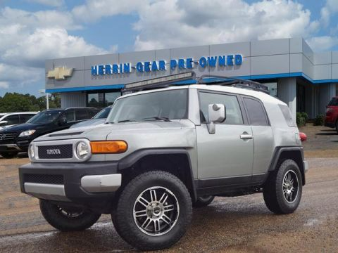 Pre-Owned 2012 Toyota FJ Cruiser 4WD 4dr Auto